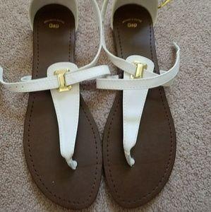 GAP women's sandals size 10